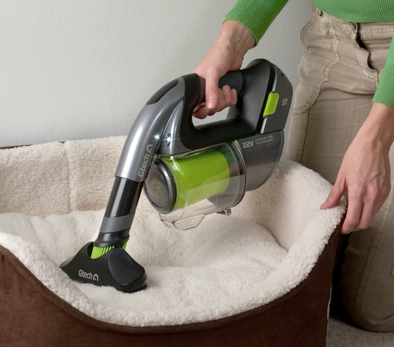 Using Gtech Handheld Vacuum Multi on Pet Hair